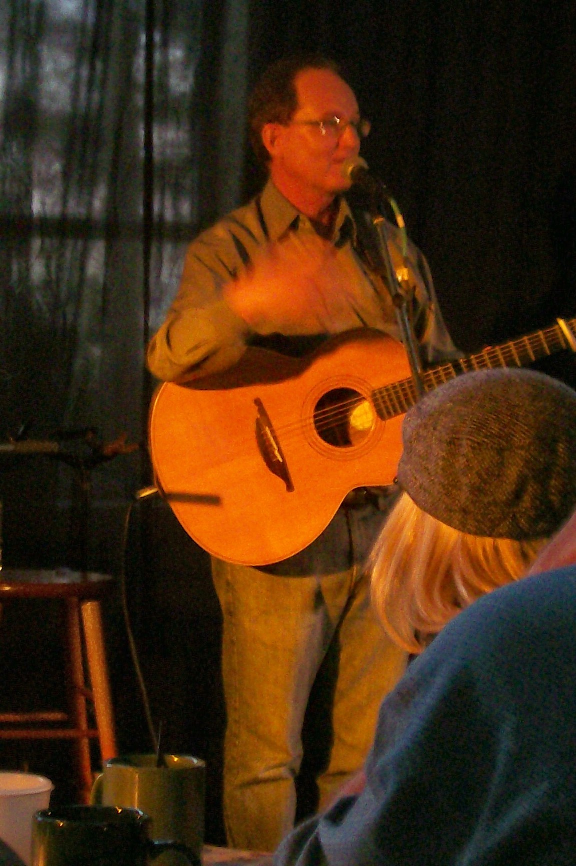 Brian Crozier at the Black Walnut Folk Club May 18, 2007